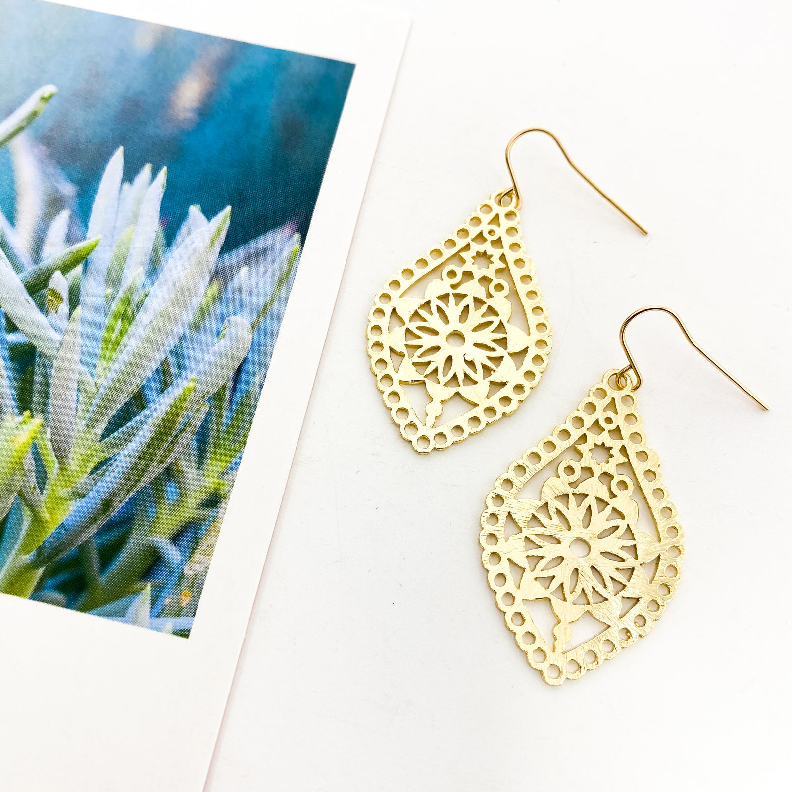 BRUSHED LACED FLORAL DROP EARRINGS | 14K GOLD-FILLED