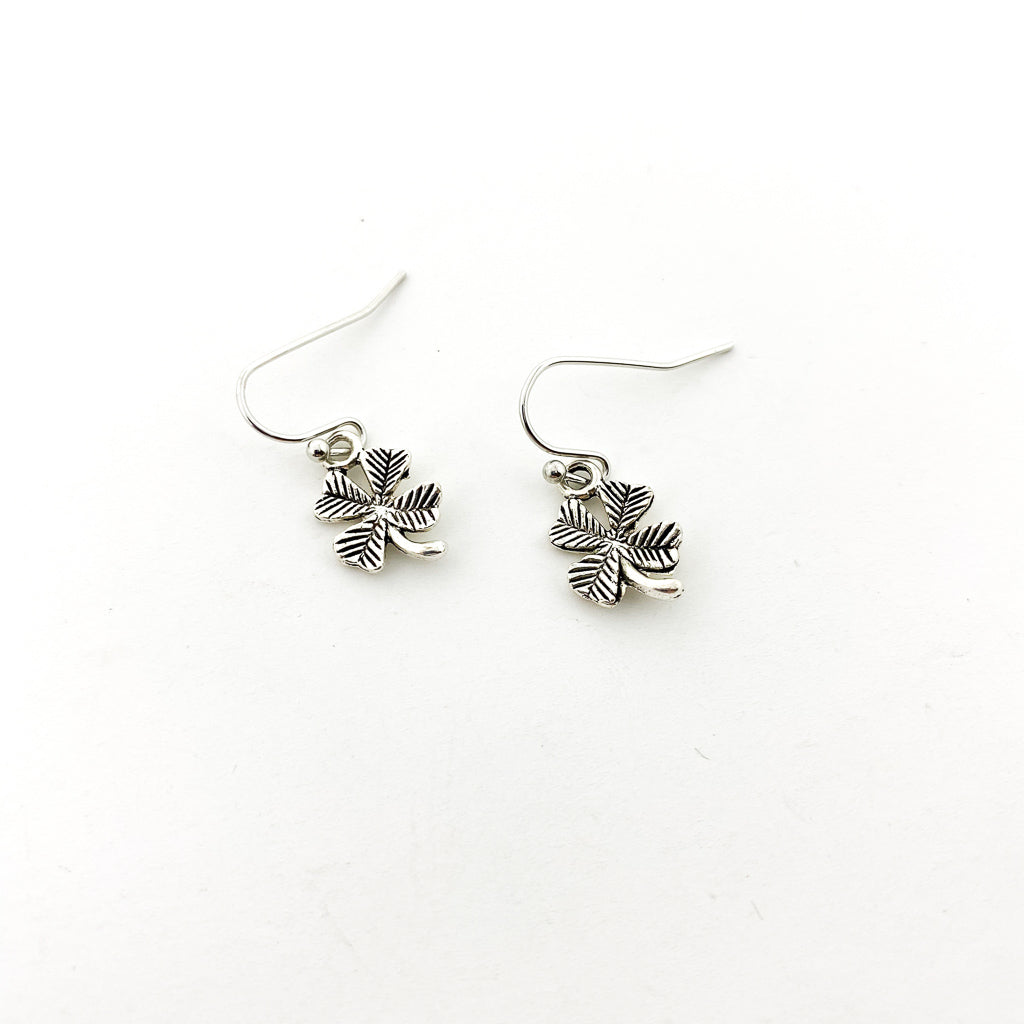 LITTLE CLOVER EARRINGS | SILVER