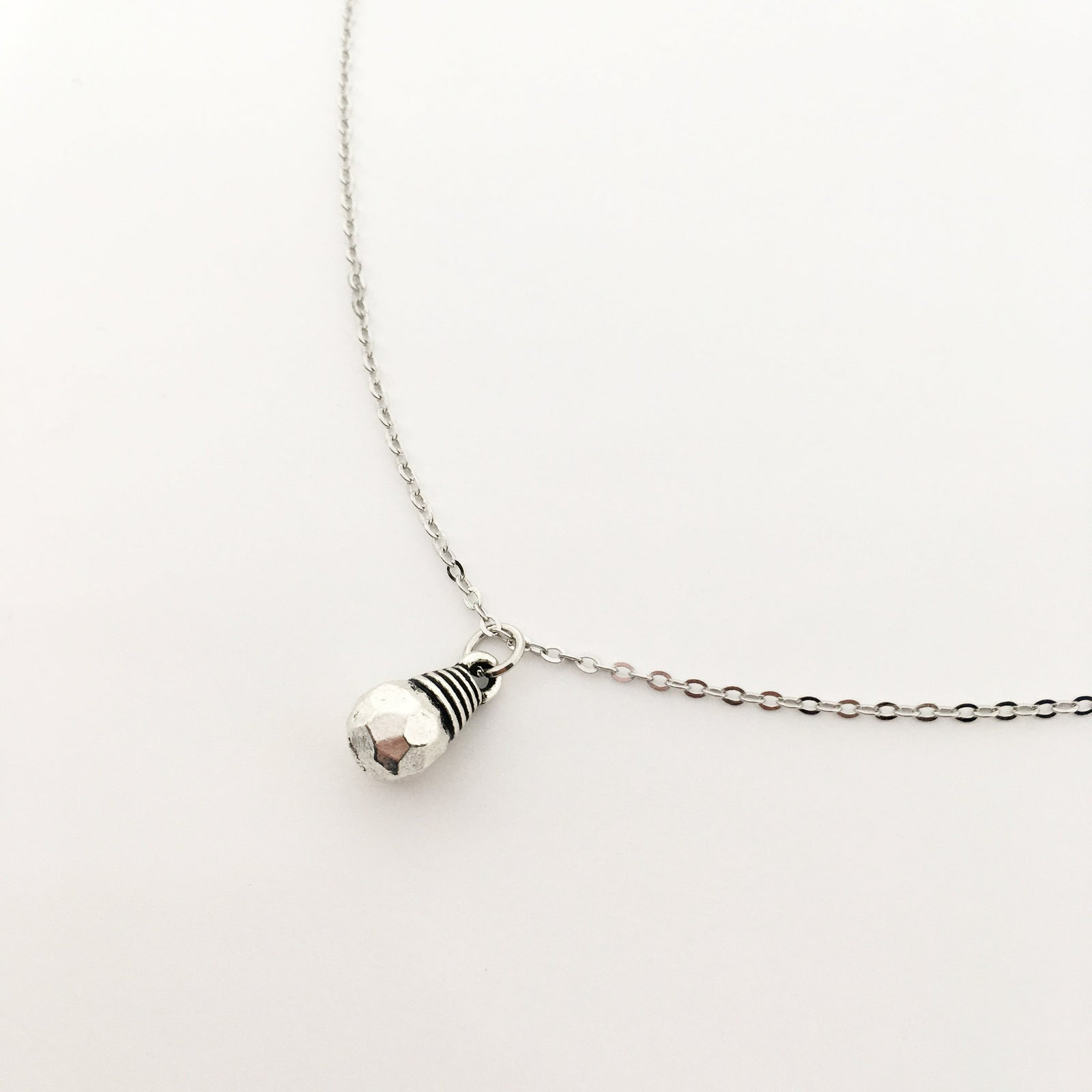 SILVER BULB NECKLACE