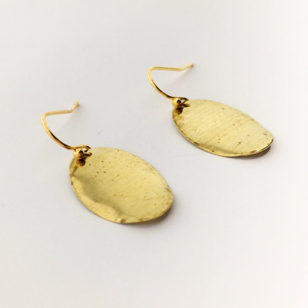 HAMMERED DROP EARRINGS | GOLD