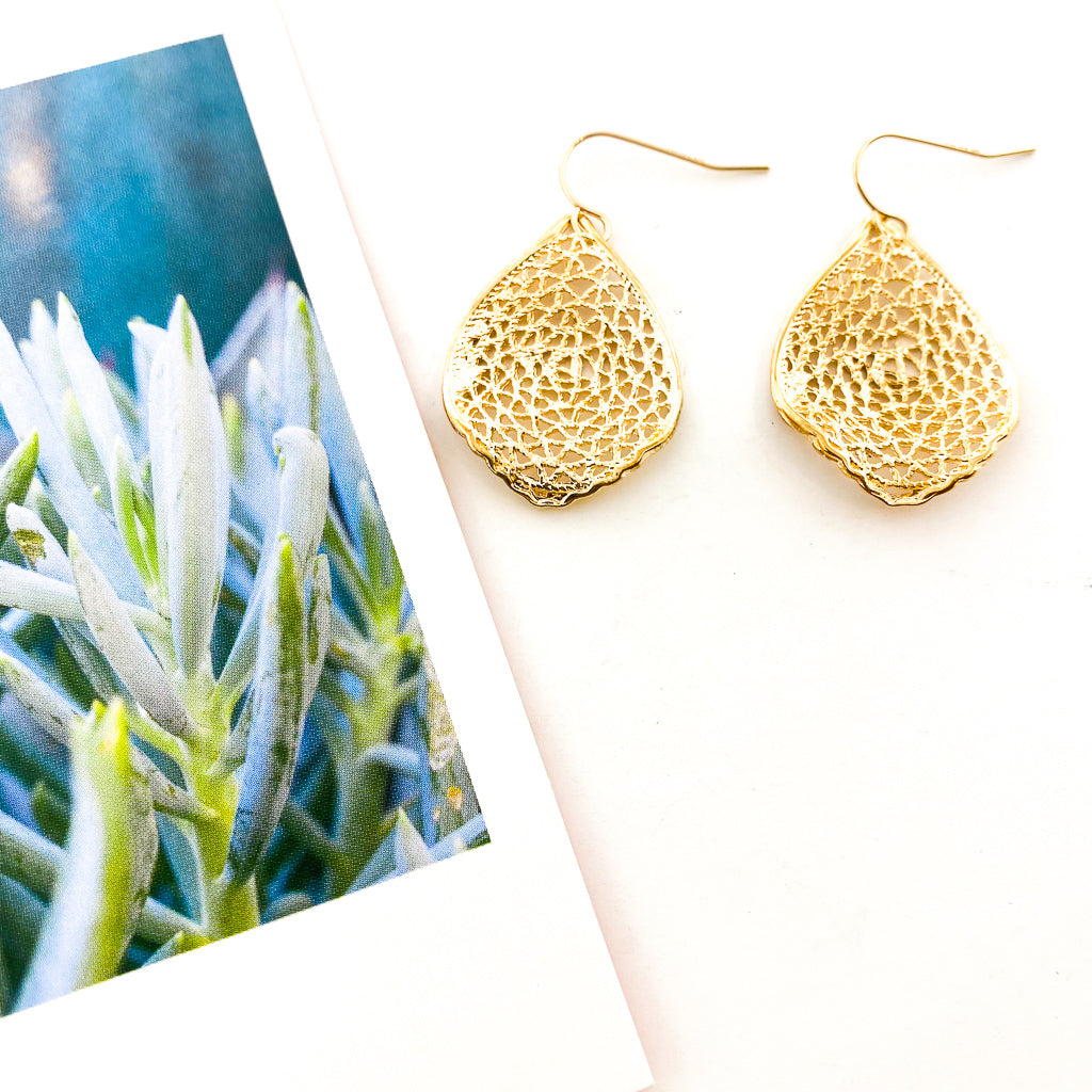 GOLD PATTERNED LEAF EARRINGS | 14K GOLD-FILLED
