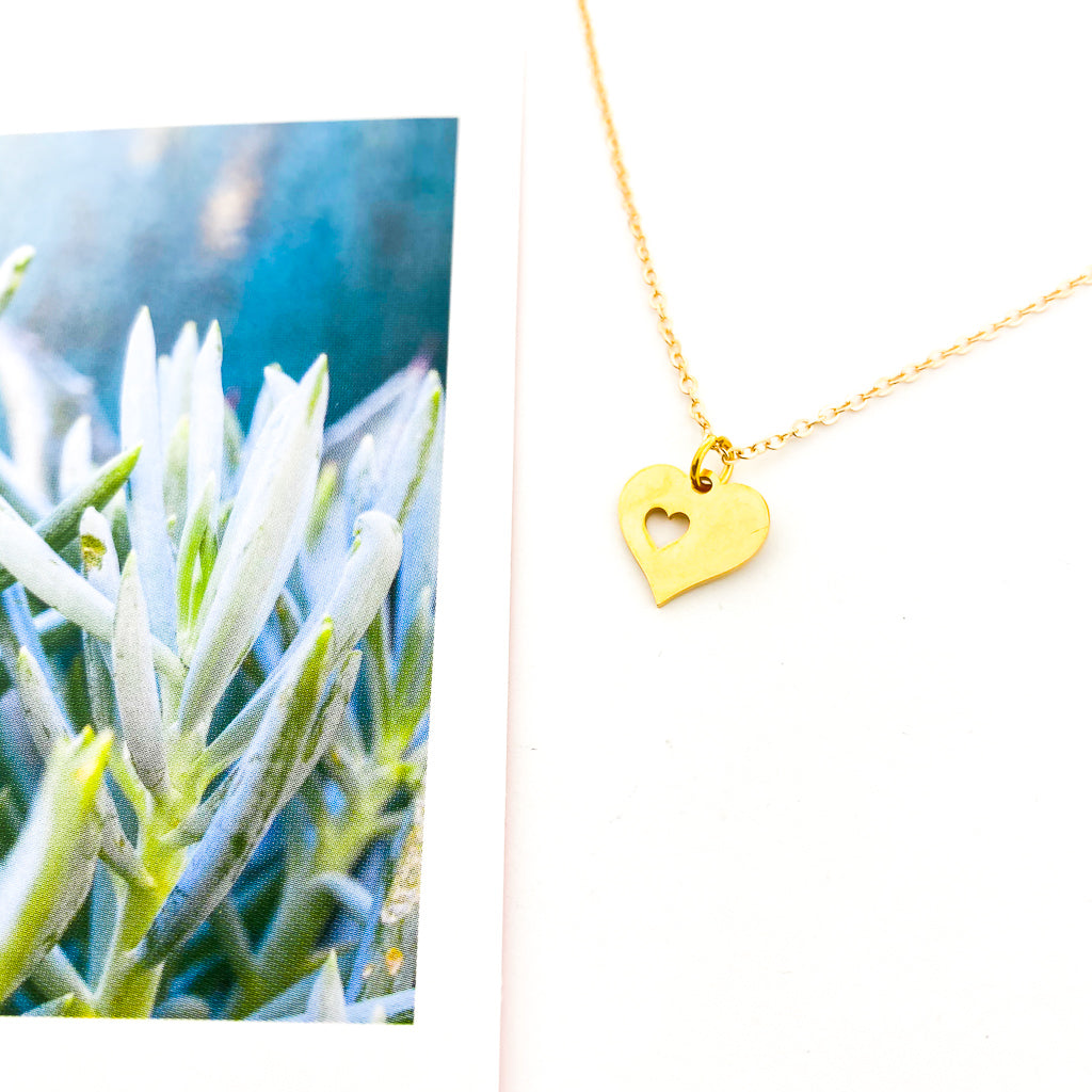 PIECE OF MY HEART NECKLACE | STYLE OPTIONS