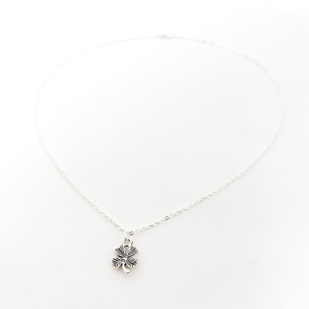 FOUR LEAF CLOVER NECKLACE | SILVER