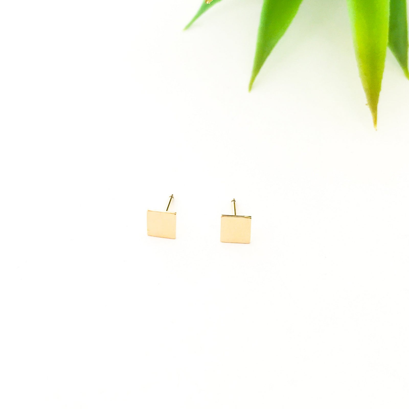SQUARE STUD EARRINGS | 14K GOLD-FILLED