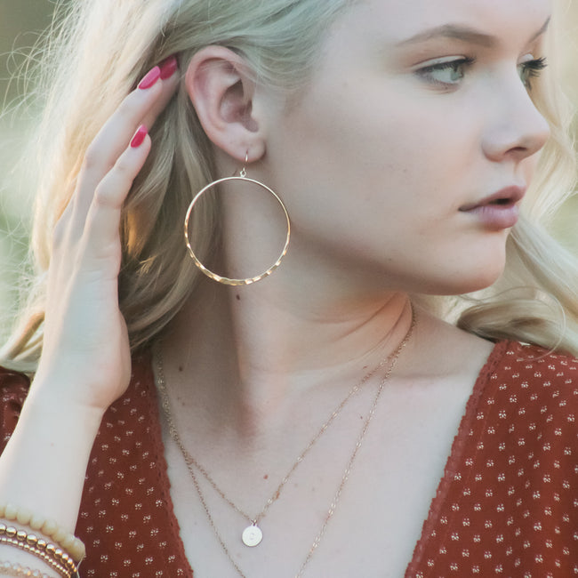 HAMMERED HOOP EARRINGS | 18K GOLD PLATED | SIZE OPTIONS