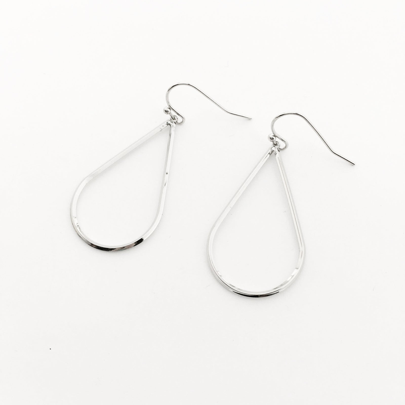DROP EARRINGS | RHODIUM SILVER