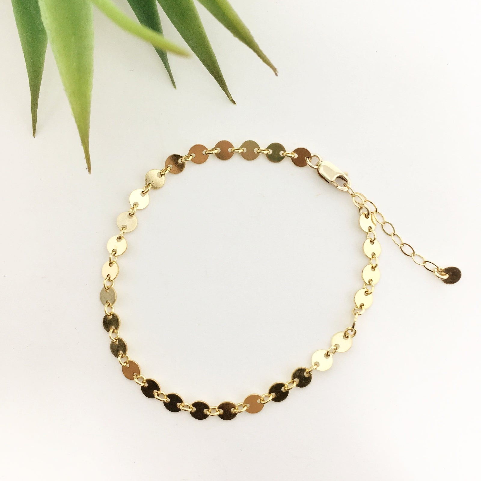 14K GOLD-FILLED DISK CHAIN ANKLET