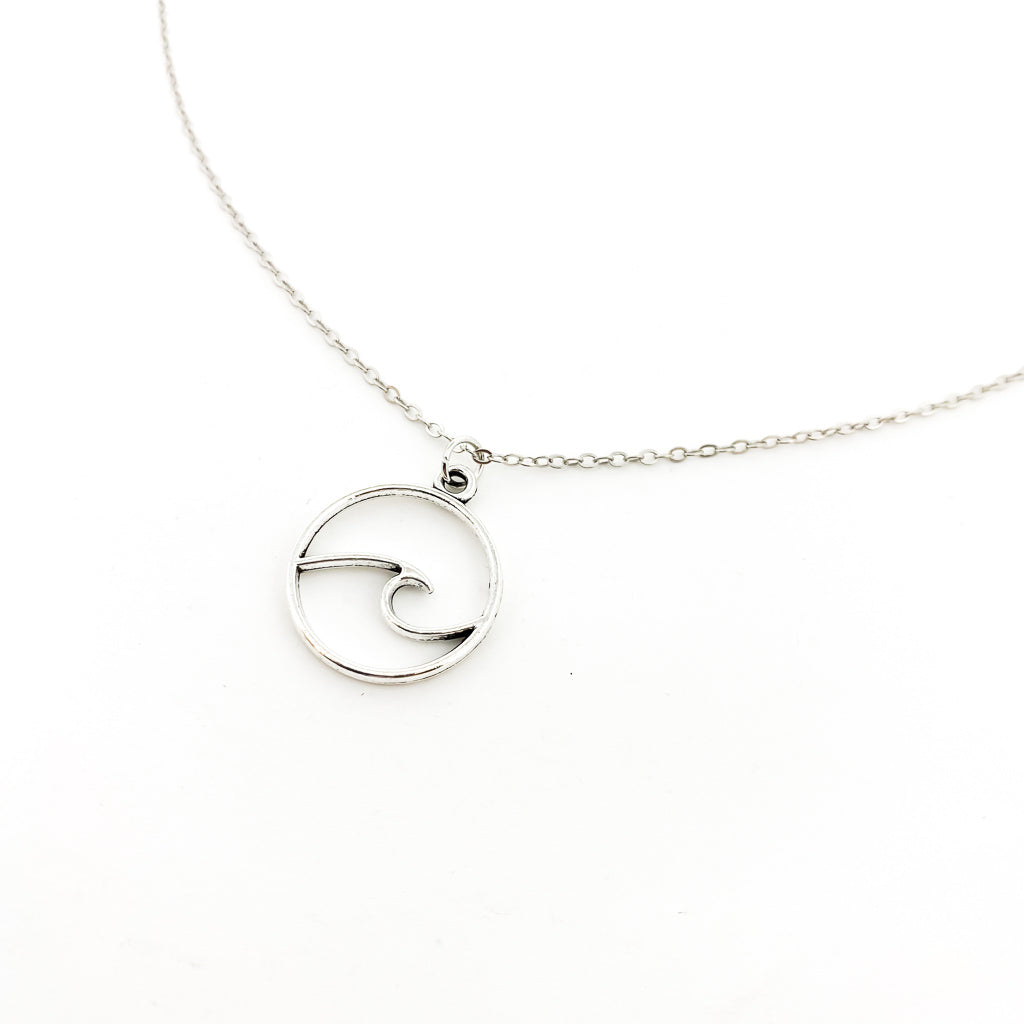 LARGE WAVE NECKLACE | SILVER