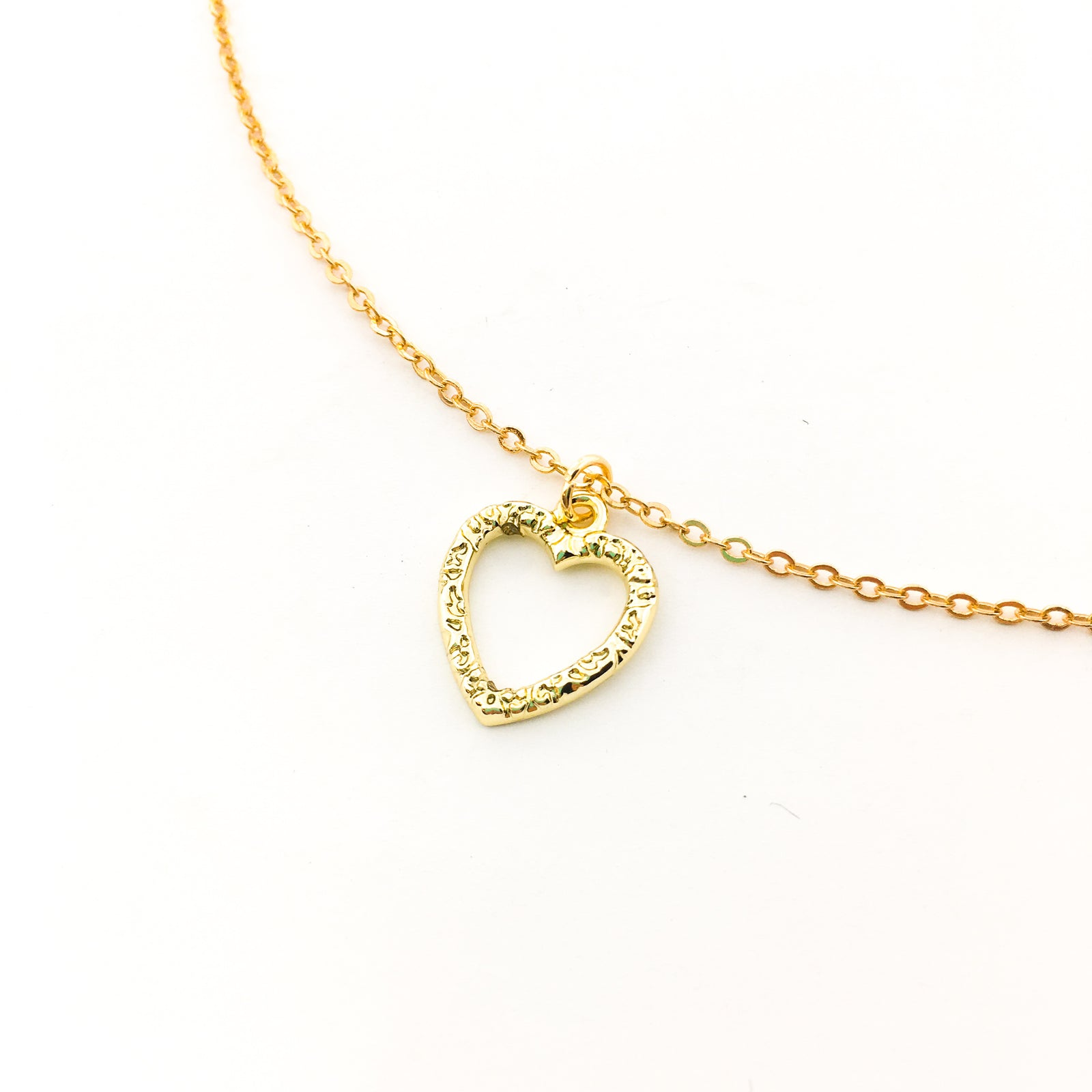 MINI TEXTURED HEART NECKLACE | GOLD