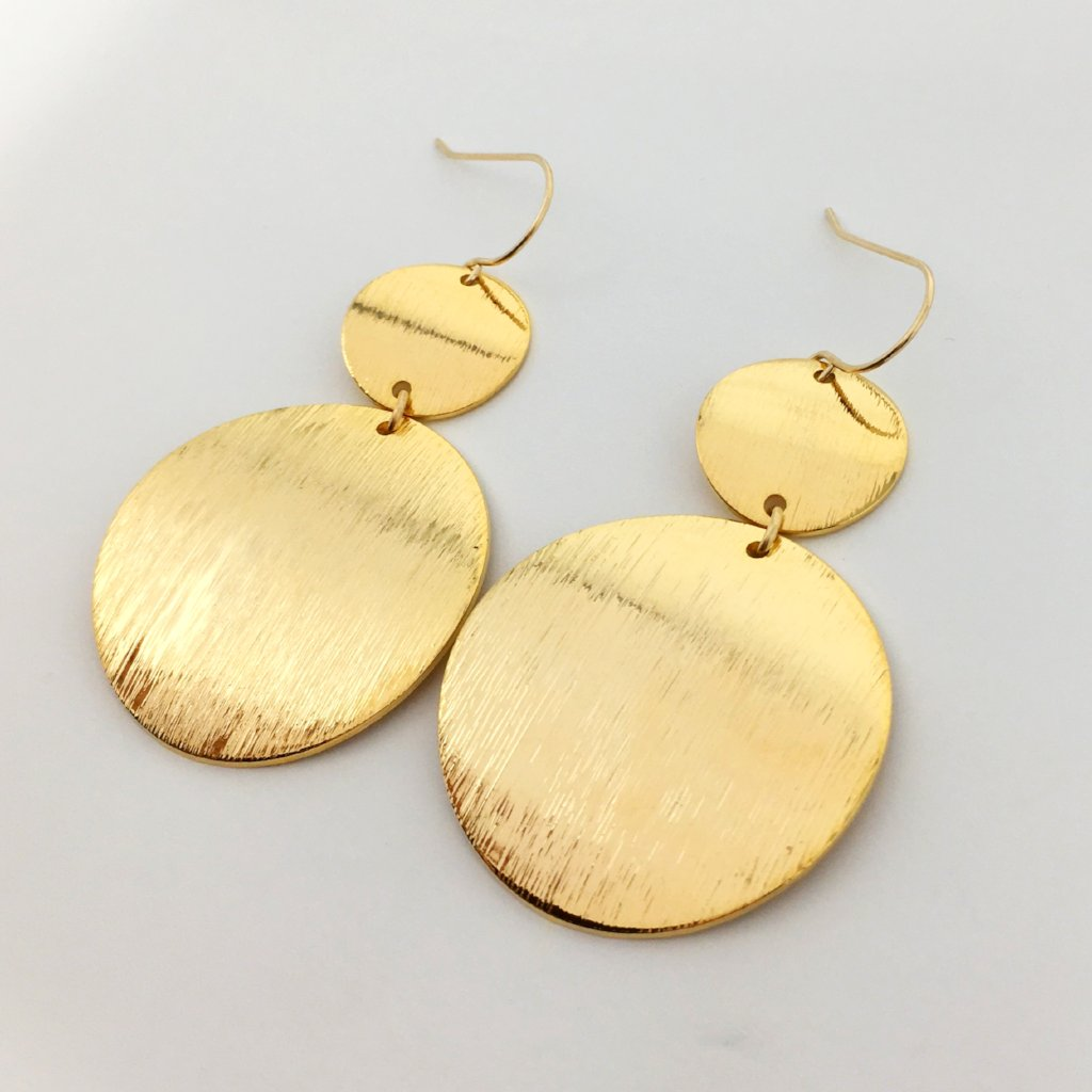 SHINING BRUSHED SPHERE EARRINGS | GOLD