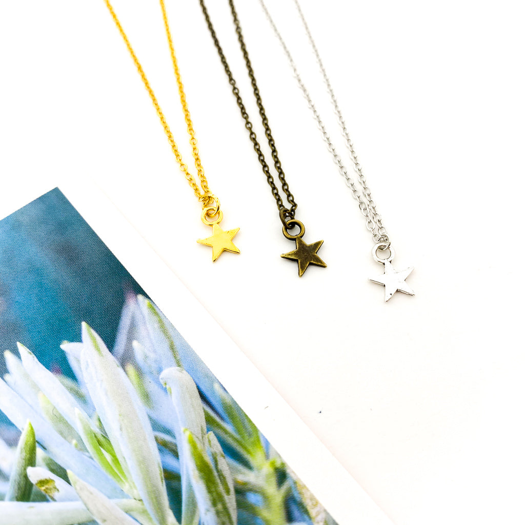MINI HANGING STAR NECKLACES | STYLE OPTIONS