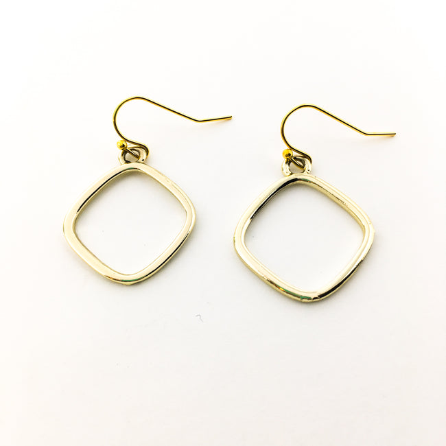 ROUND DIAMOND SHAPE EARRINGS | GOLD