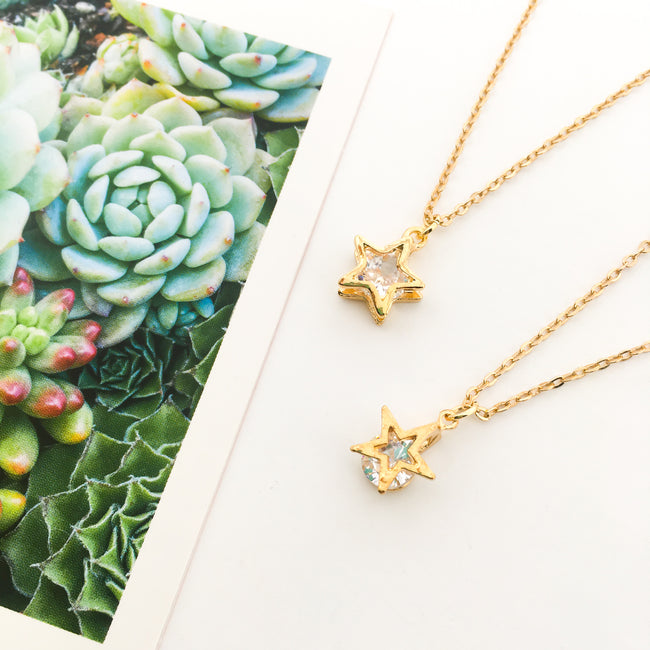 HANGING CRYSTAL STAR NECKLACES | GOLD | STYLE OPTIONS