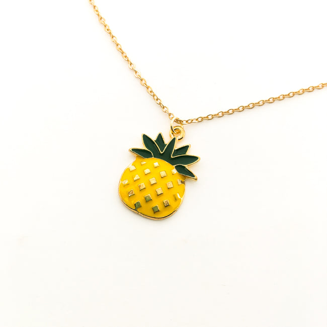 FLIRTY PINEAPPLE NECKLACE | GOLD
