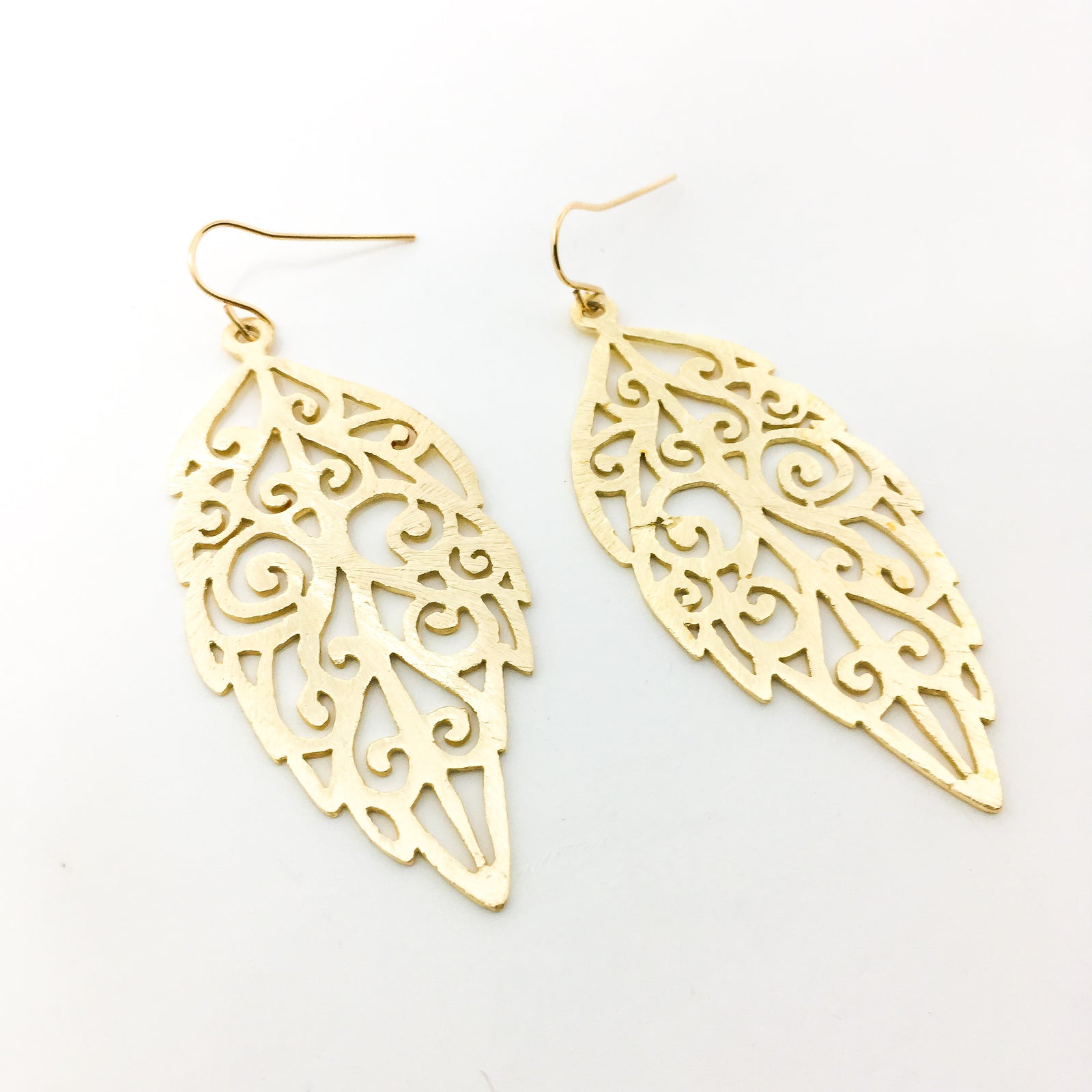 BRUSHED PATTERNED LEAF EARRINGS | 14K GOLD-FILLED