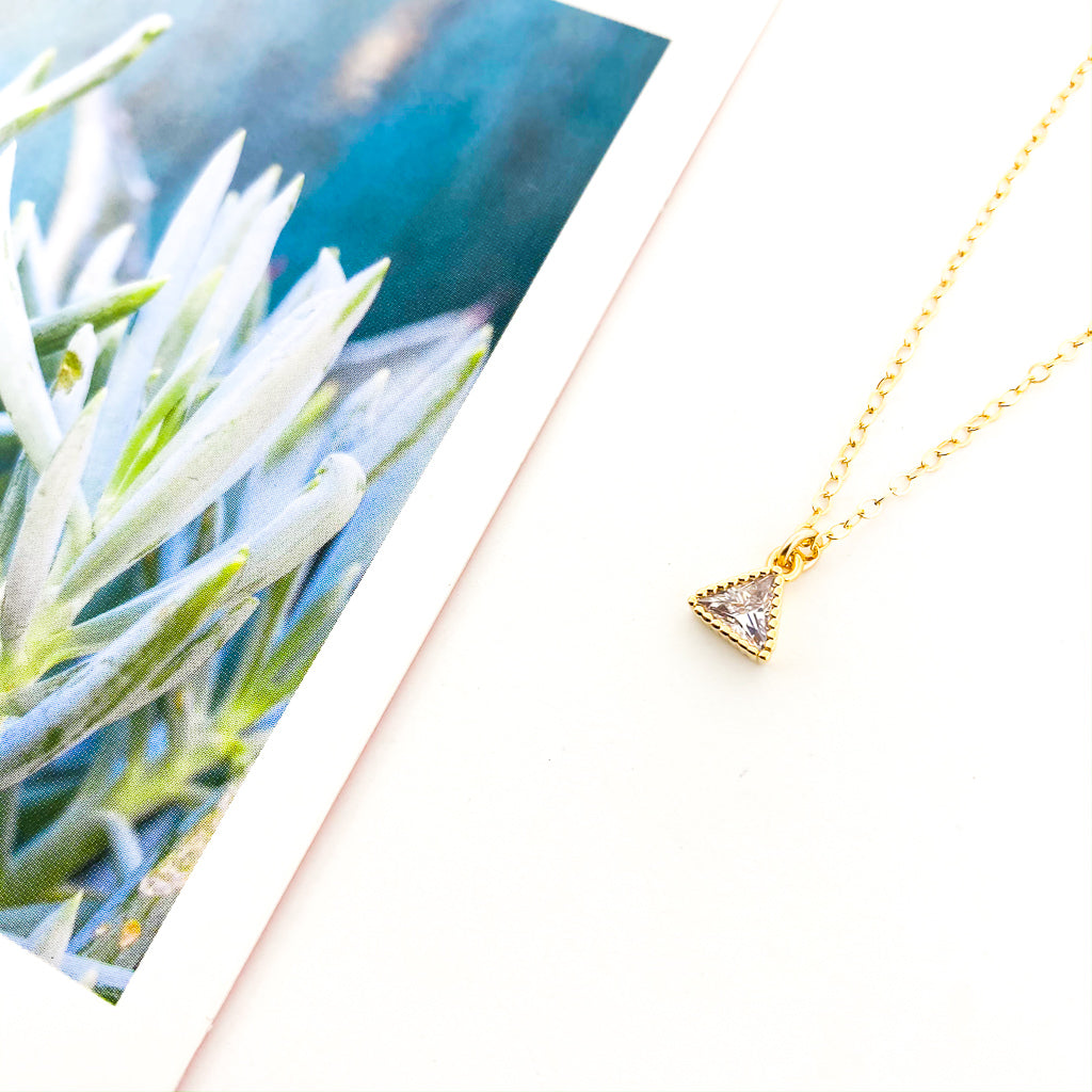 RHINESTONE TRIANGLE NECKLACE | 14K GOLD-FILLED
