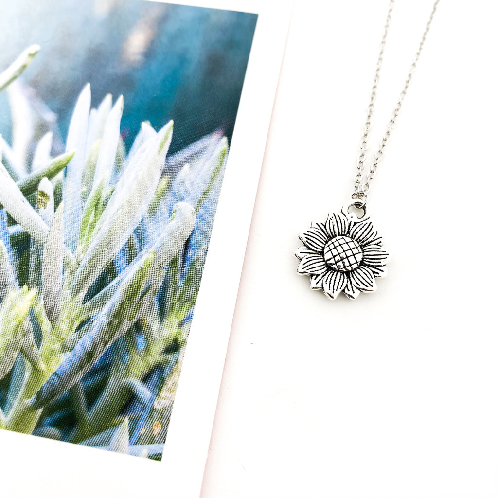SUNFLOWER NECKLACE | SILVER