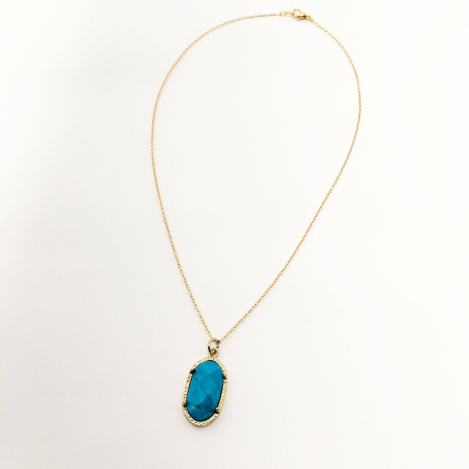 TURQUOISE OVAL STONE NECKLACE | GOLD