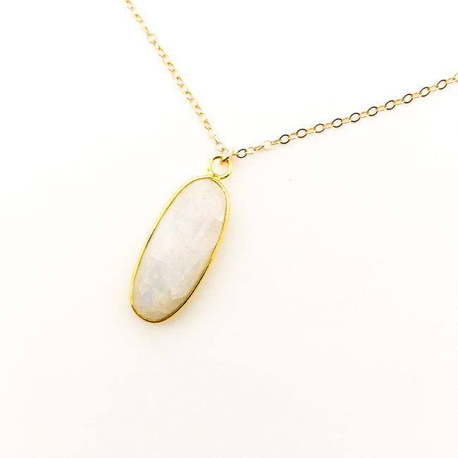 14K GOLD-FILLED OVAL MOONSTONE NECKLACE
