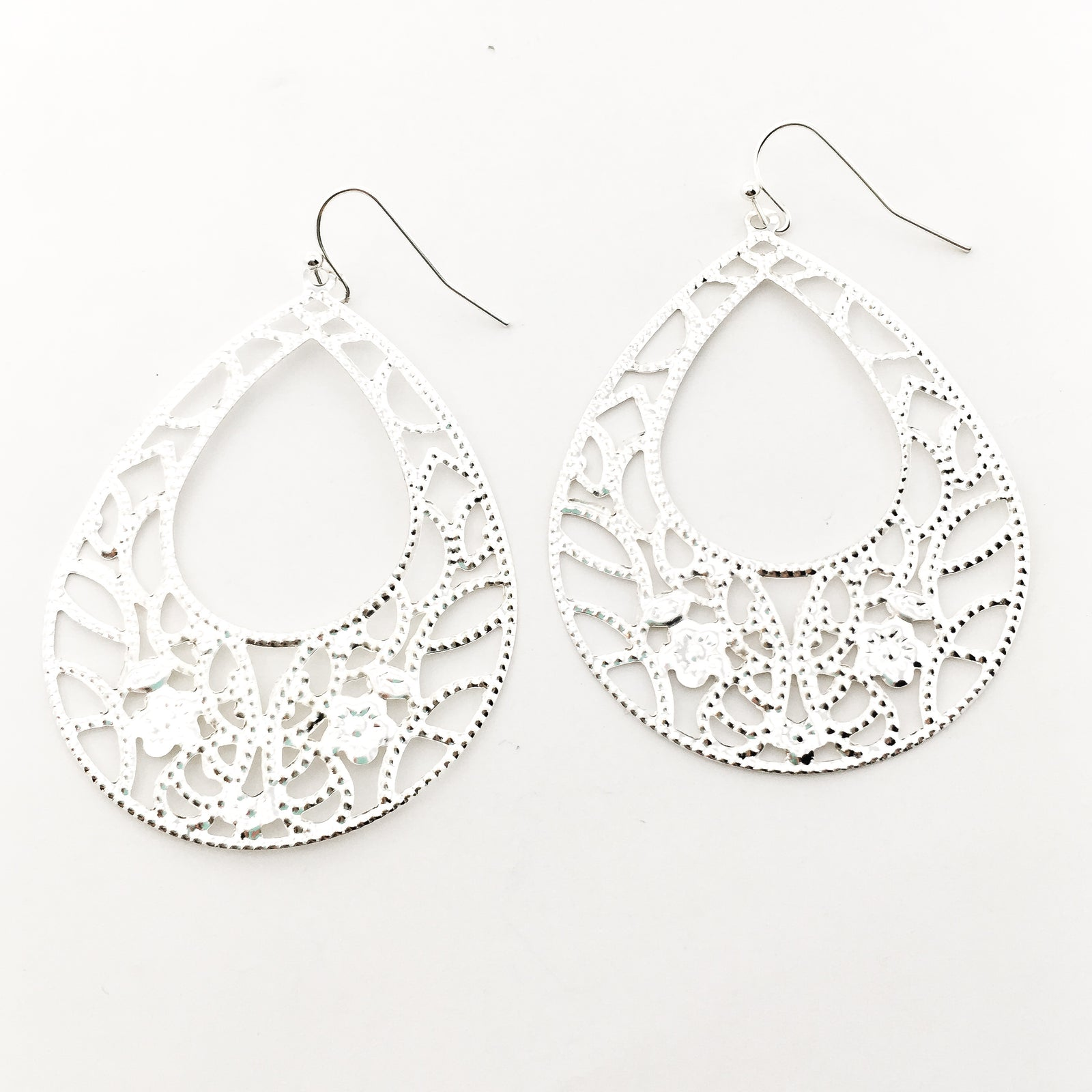 FLORAL OPEN DROP FILIGREE EARRINGS | SILVER
