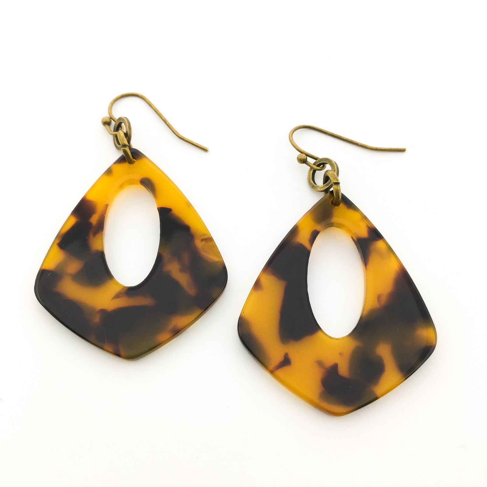 HANGING STONE EARRINGS | STYLE OPTIONS