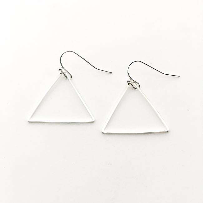 LARGE TRIANGLE EARRINGS | SILVER
