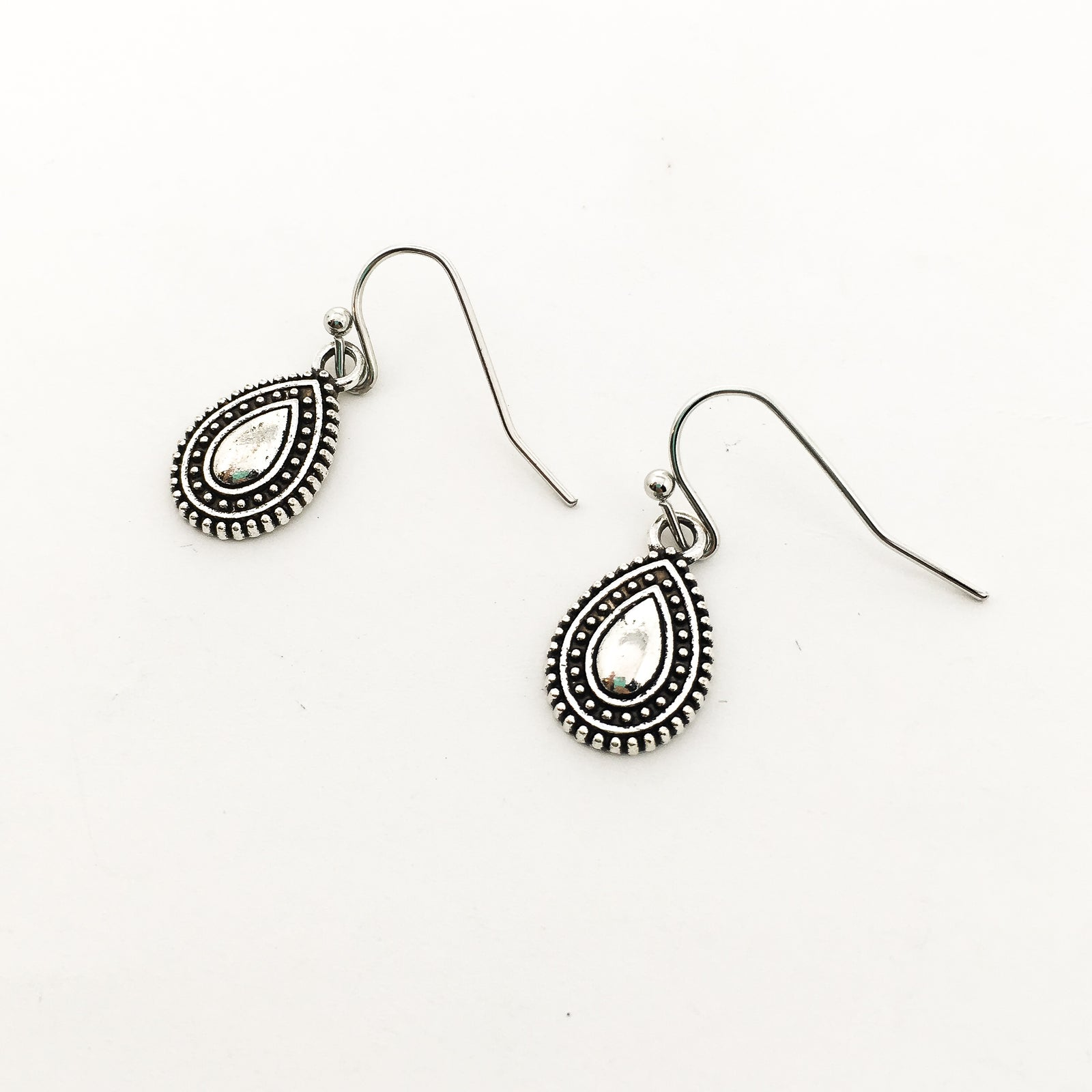 PATTERNED MINI DROP EARRINGS | SILVER