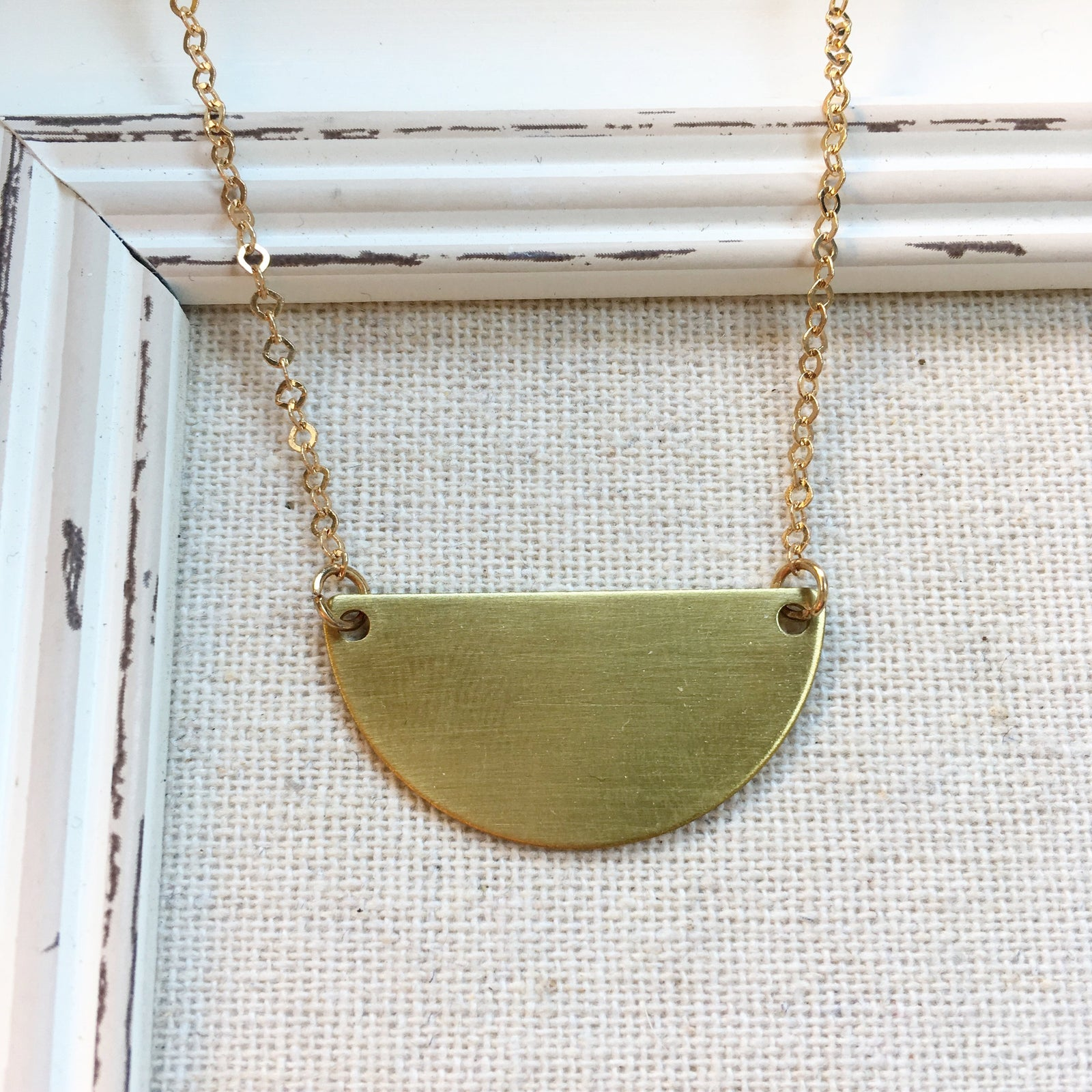 FH SEMICIRCLE NECKLACE | GOLD