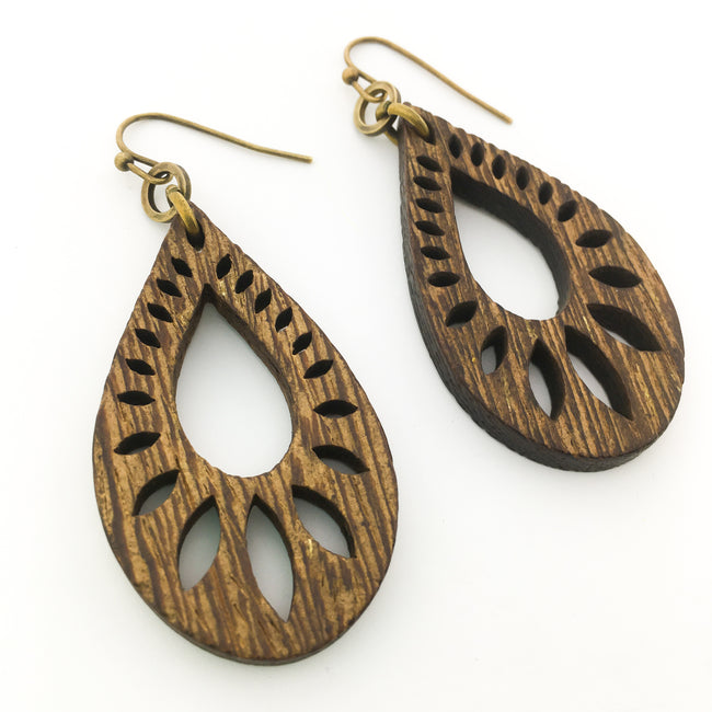 PATTERNED OPEN DROP WOOD EARRINGS | BRONZE