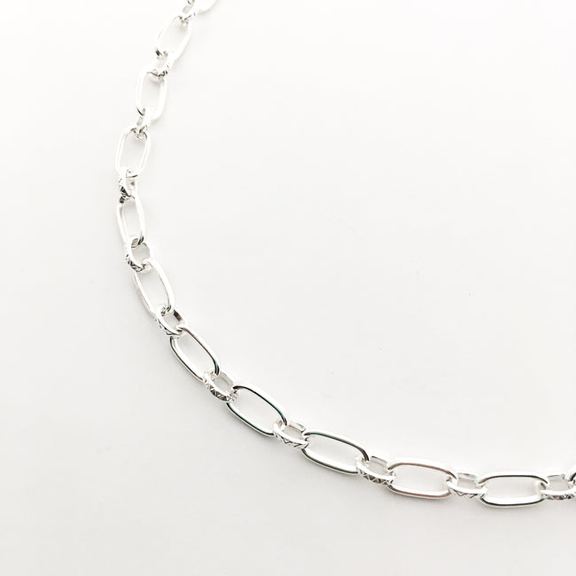 BRIGHT SILVER LARGE LINK CHAIN NECKLACE | 30""