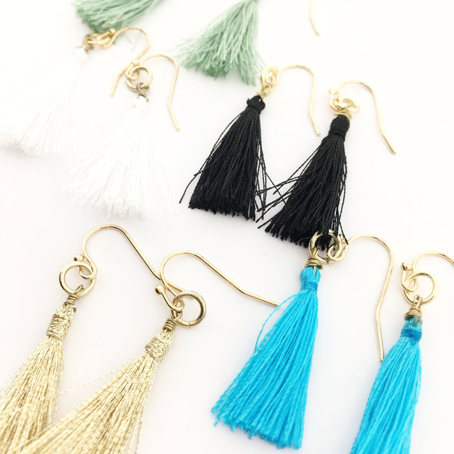 THREAD TASSEL EARRINGS | GOLD | COLOR OPTIONS