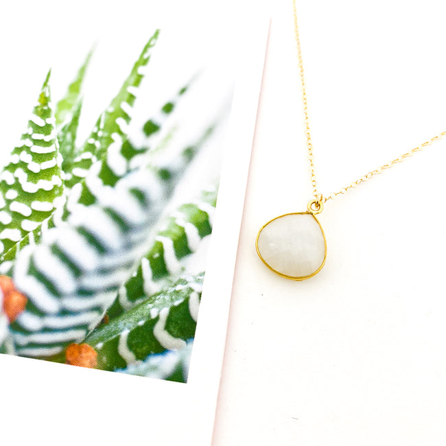 14K GOLD-FILLED DROP MOONSTONE NECKLACE