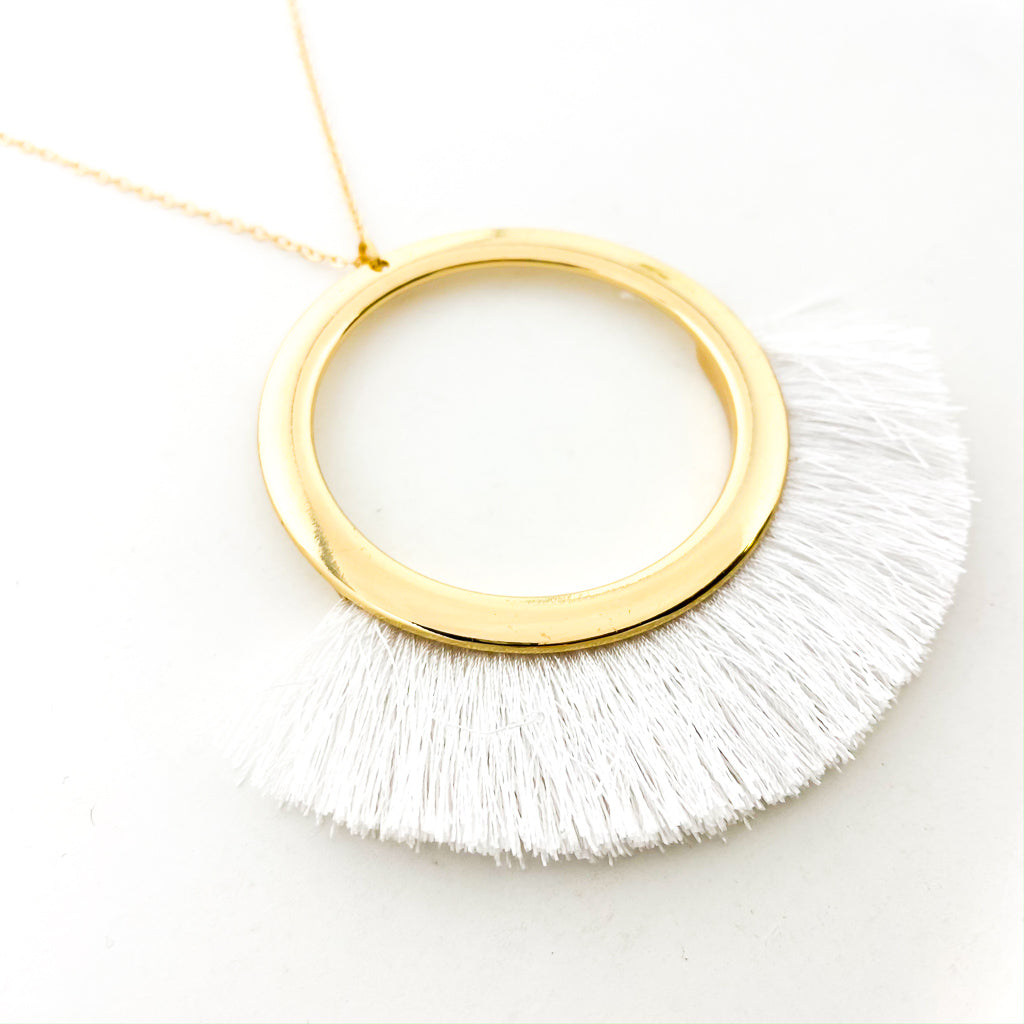 LARGE CIRCLE & TASSEL PENDANT NECKLACE | GOLD & WHITE