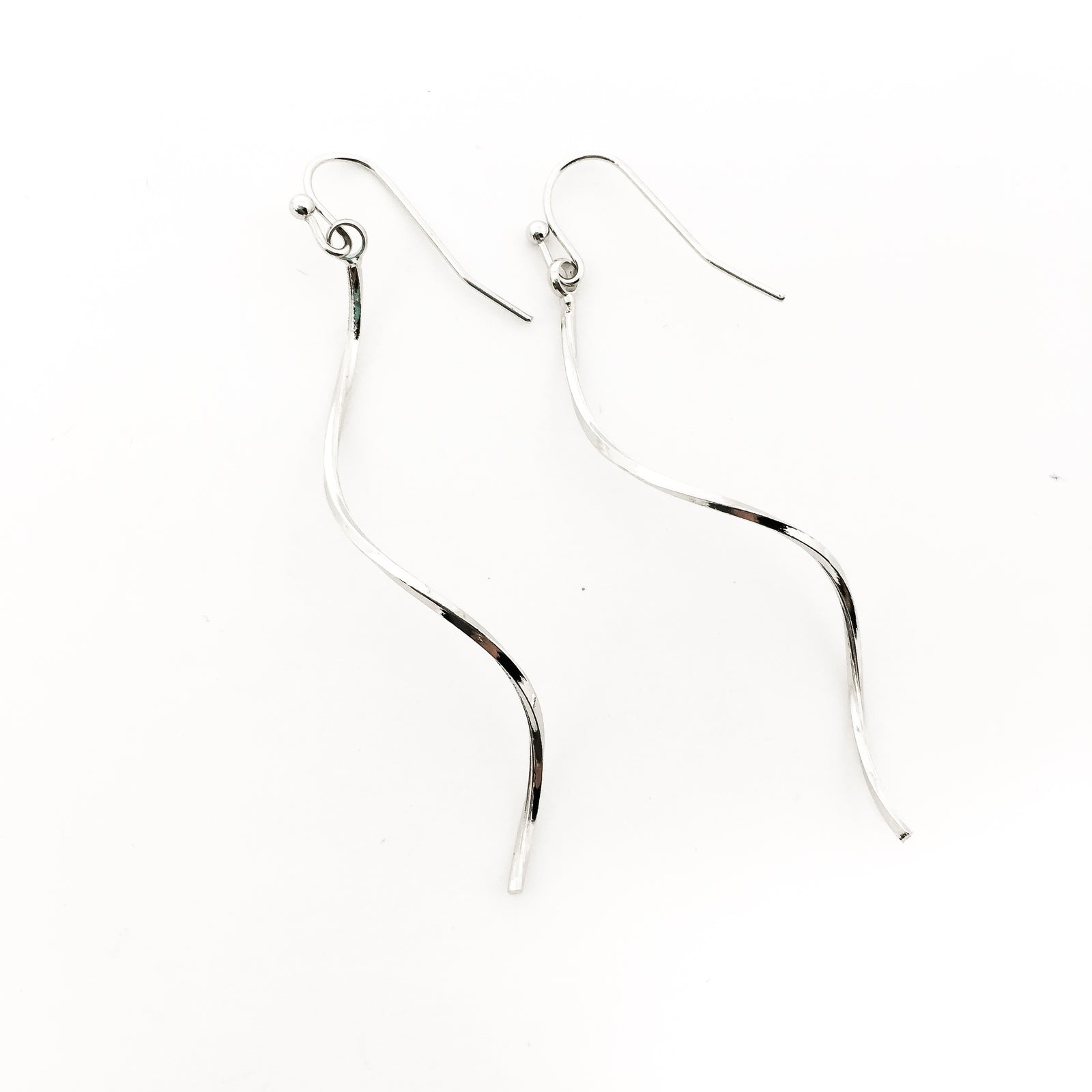 LONG SPIRAL BAR EARRINGS | SILVER