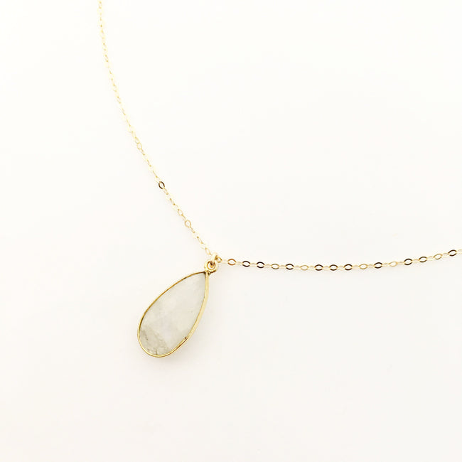 14K GOLD-FILLED TEARDROP MOONSTONE NECKLACE