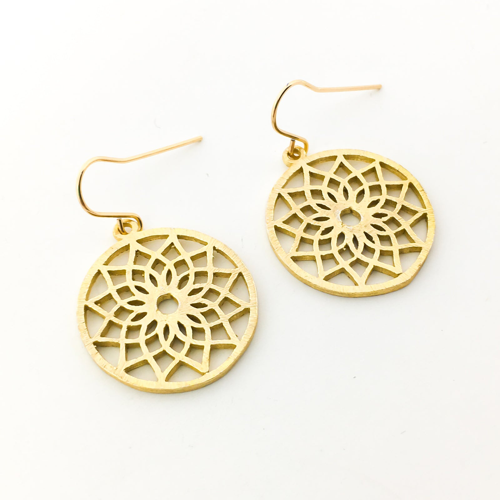 BRUSHED FLORAL CIRCLE EARRINGS | 14K GOLD-FILLED