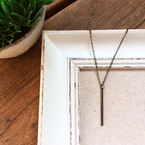 BRONZE BAR NECKLACE