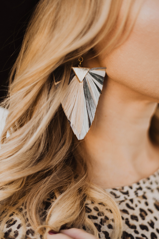 RAFFIA PAPER EARRINGS | GOLD | STYLE OPTIONS