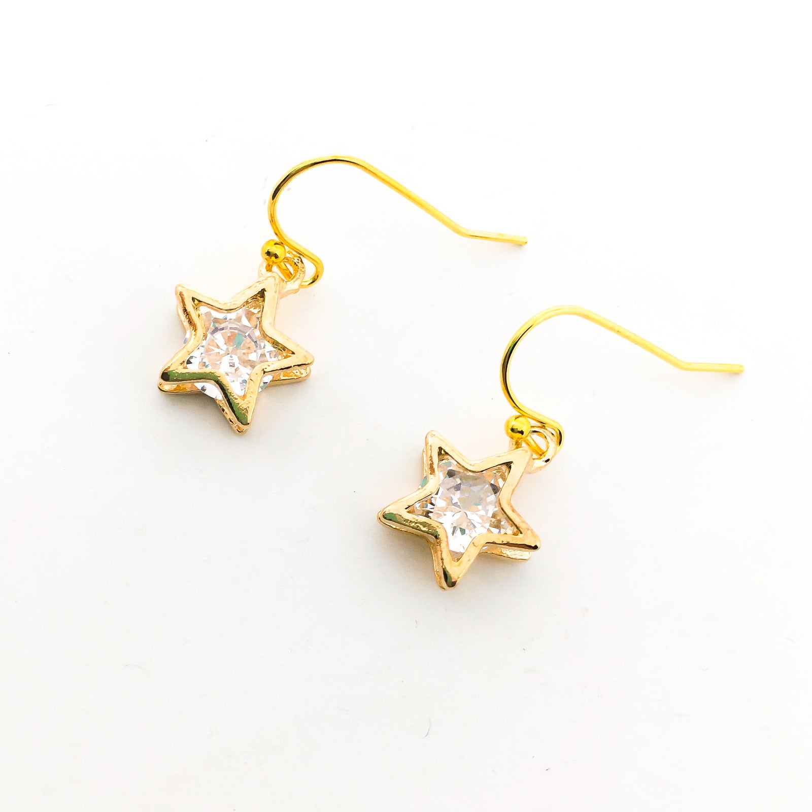 HANGING CRYSTAL STAR EARRINGS | GOLD | STYLE OPTIONS
