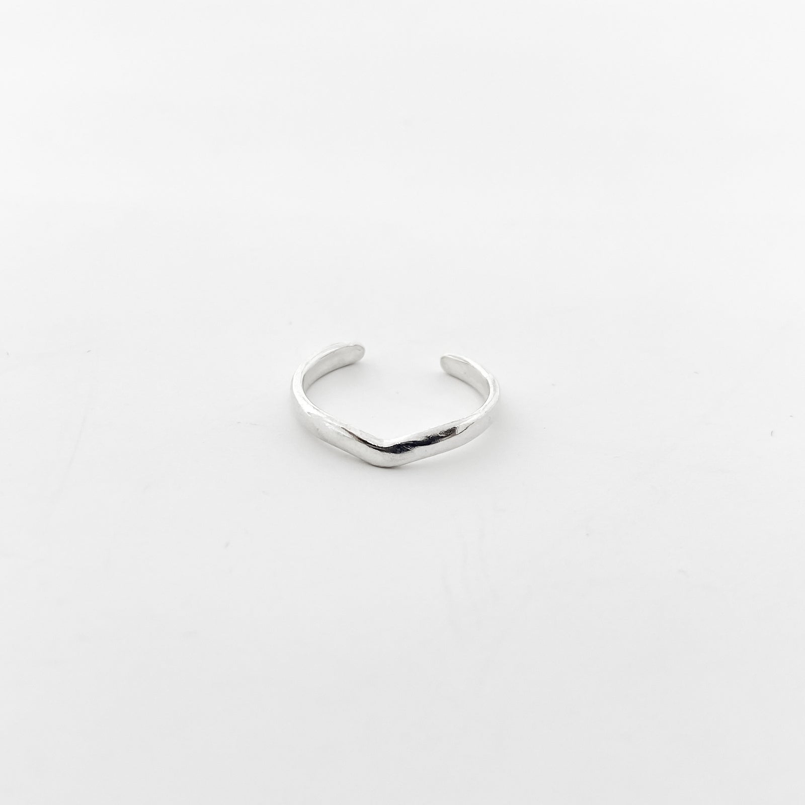 V-SHAPE TOE RING | STERLING SILVER | SIZE OPTIONS