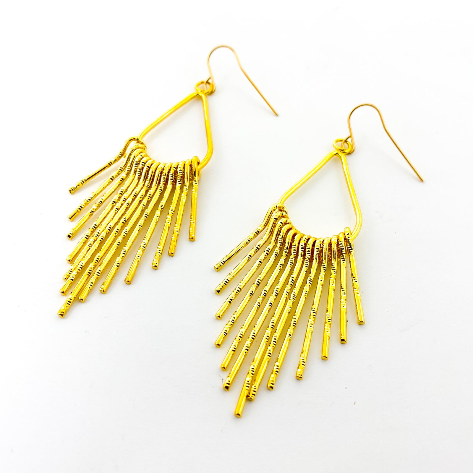 HANGING BAR FRINGE EARRINGS | STARDUST | 18K GOLD PLATED