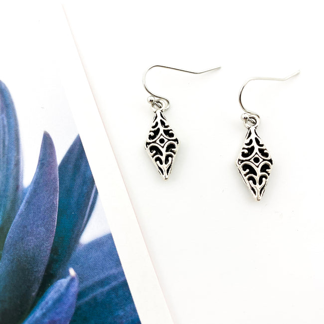 MINI CATHEDRAL POINT EARRINGS | SILVER
