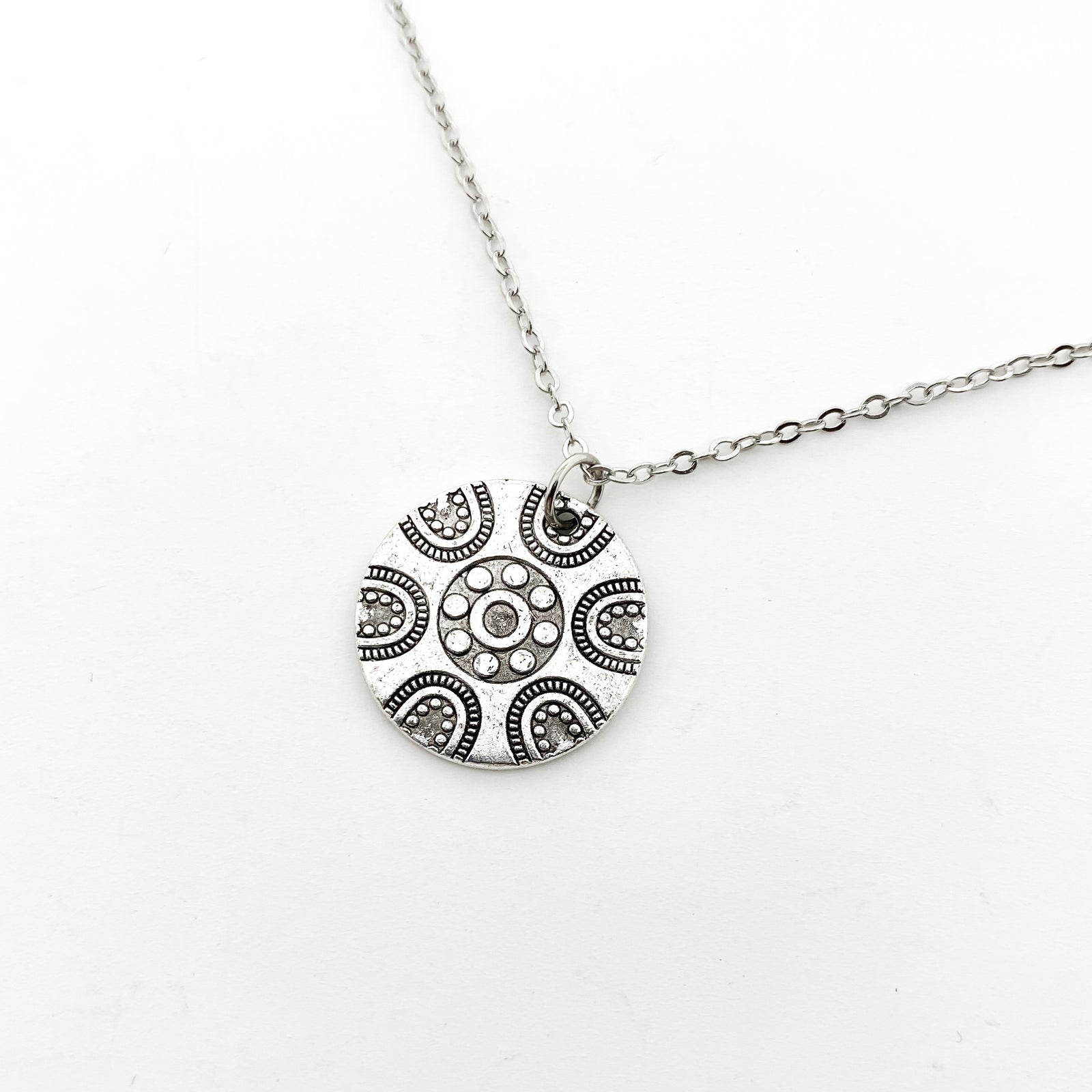 PATTERN SPHERE NECKLACE | SILVER