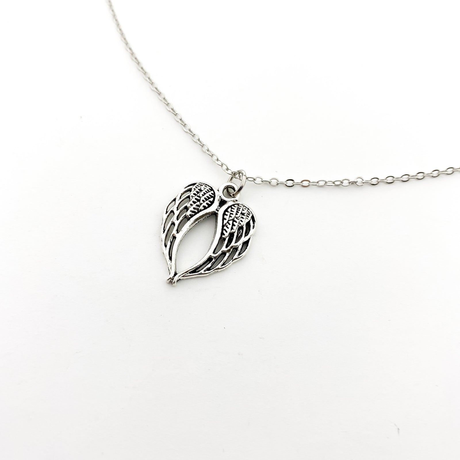 MINI ANGEL WINGS NECKLACE | SILVER