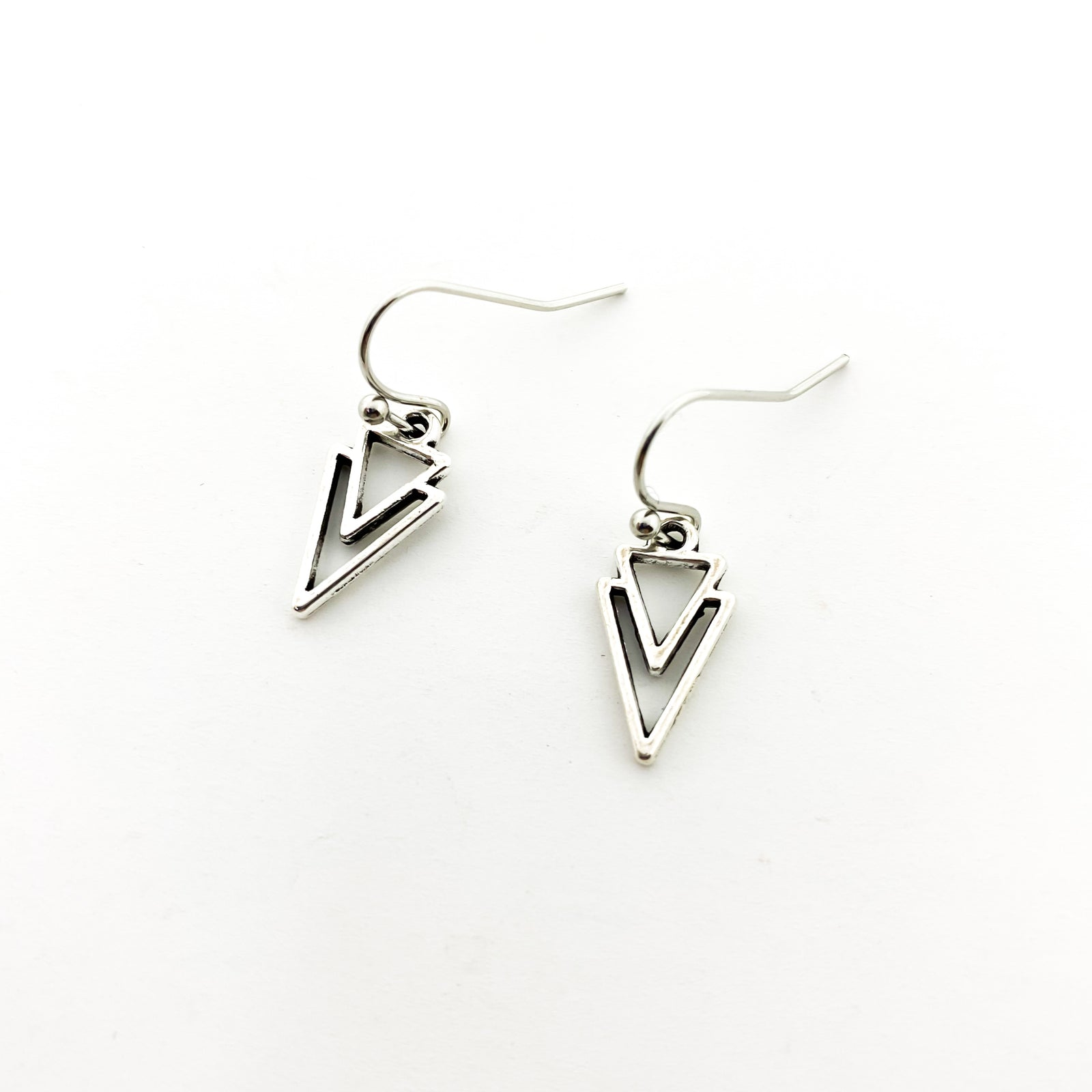 DOUBLE ARROW POINT EARRINGS | SILVER