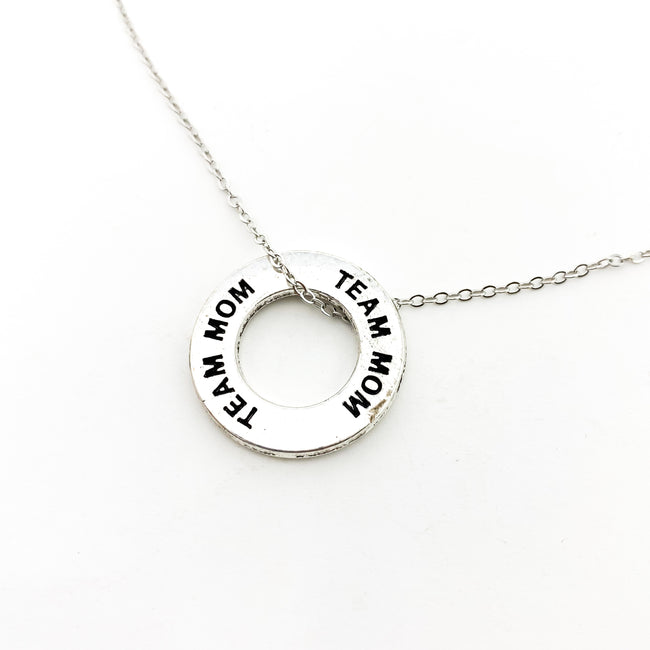 TEAM MOM PENDANT NECKLACE | SILVER