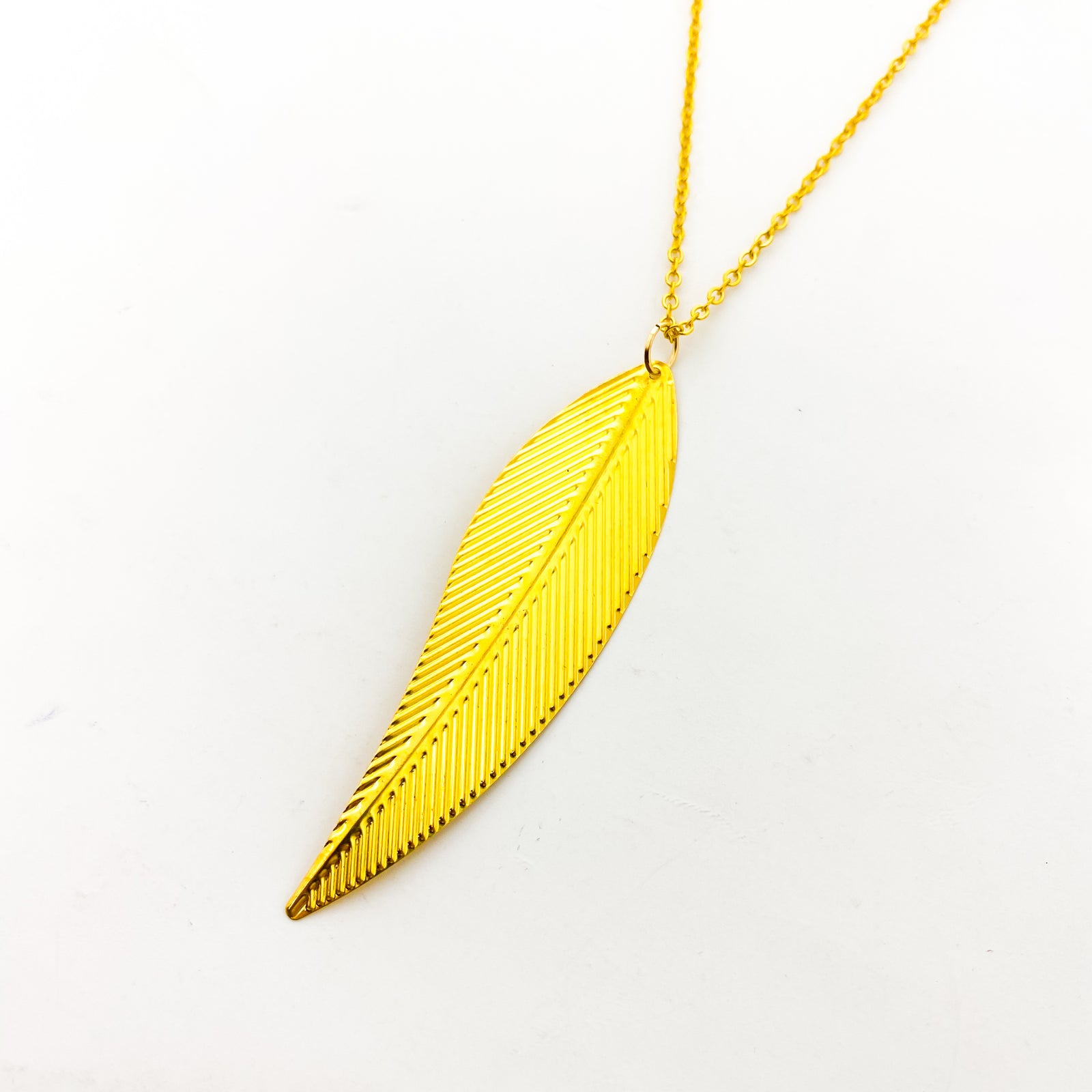 LONG LEAF NECKLACES | STYLE OPTIONS