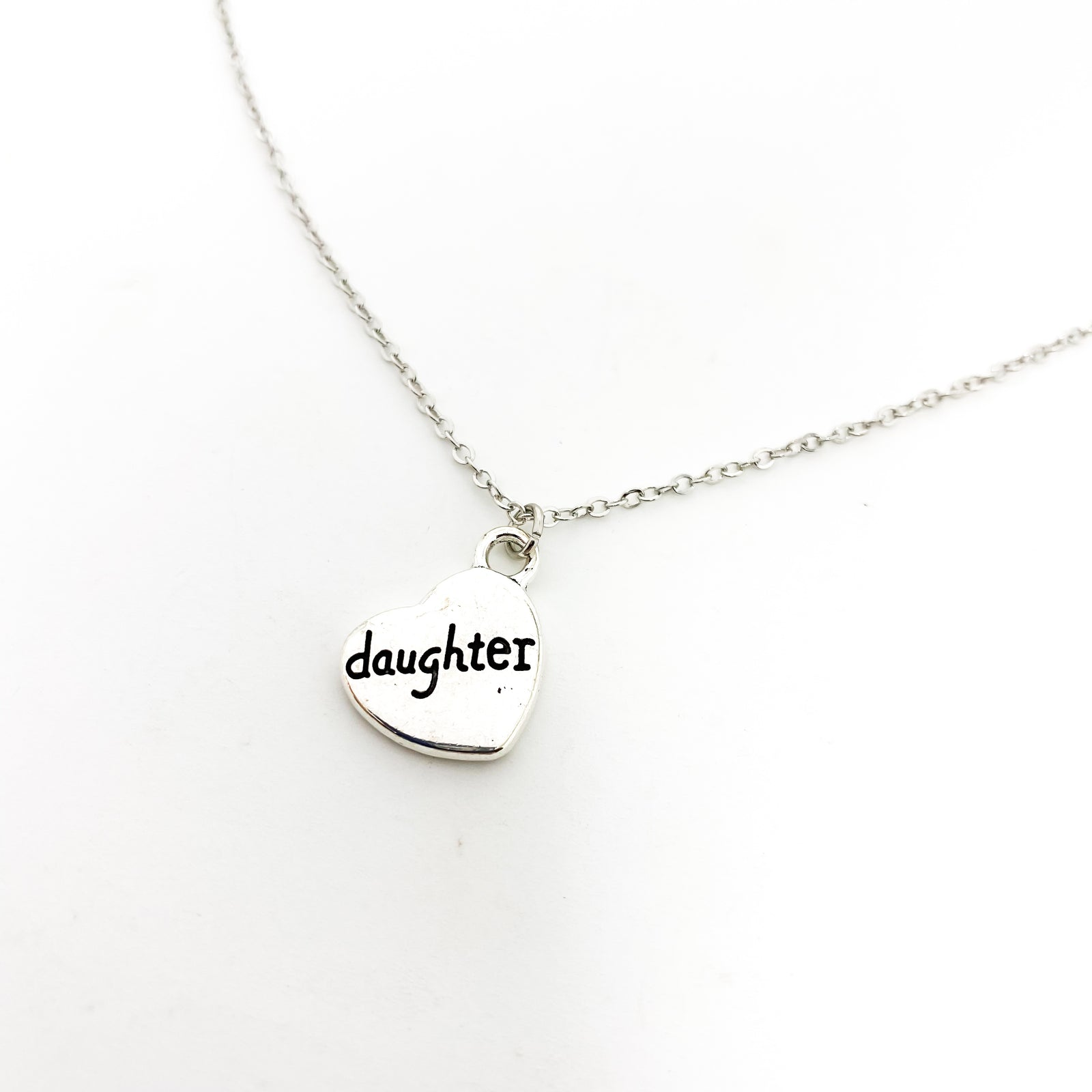 LOVED DAUGHTER NECKLACE | SILVER