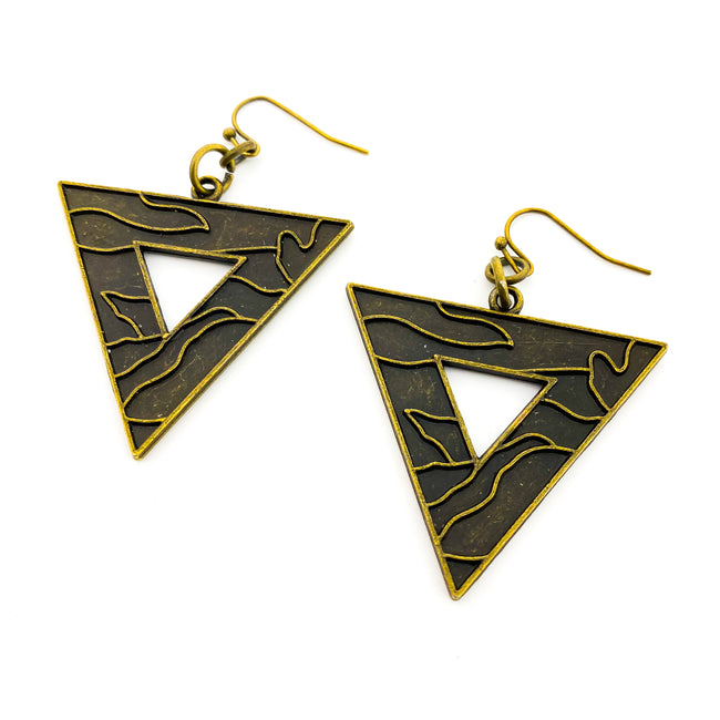 ETCHED TRIANGLE EARRINGS | BRONZE