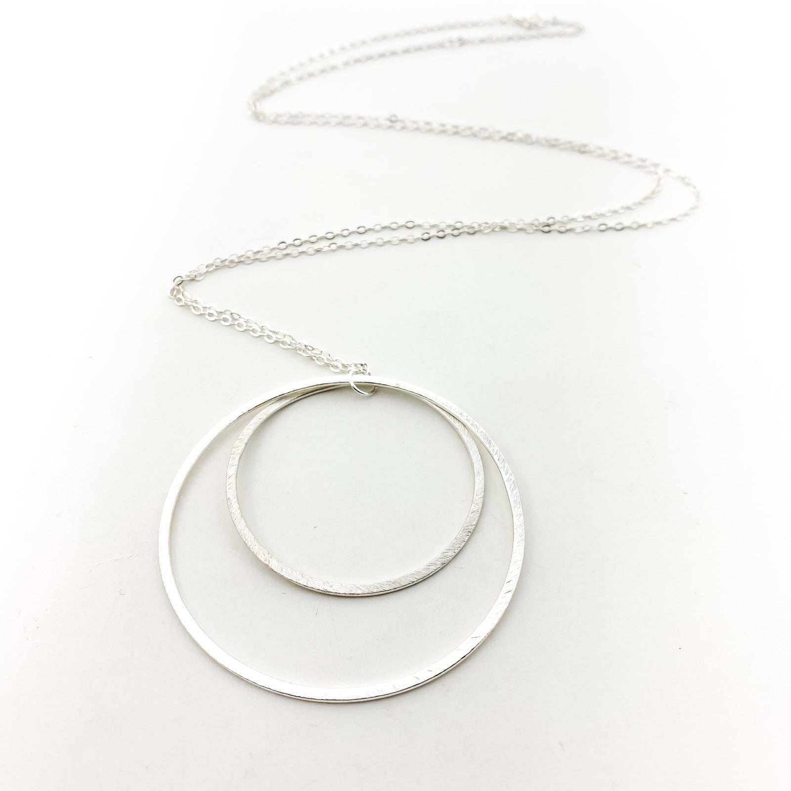 DOUBLE HANGING HOOP NECKLACE | SILVER